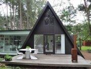 dmvA A Frame House