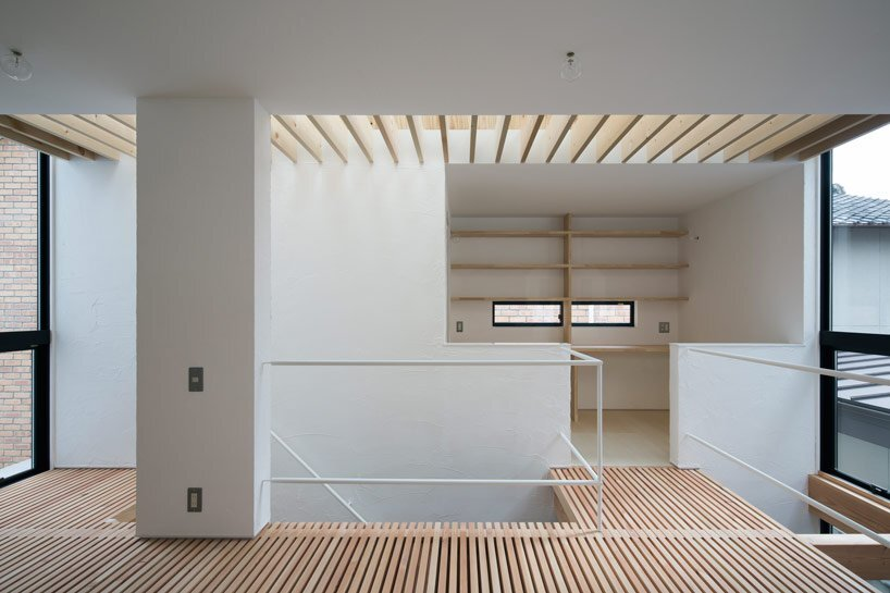 Container Design Aligns Axial House of Shimamoto-Cho 2 - Humble Homes