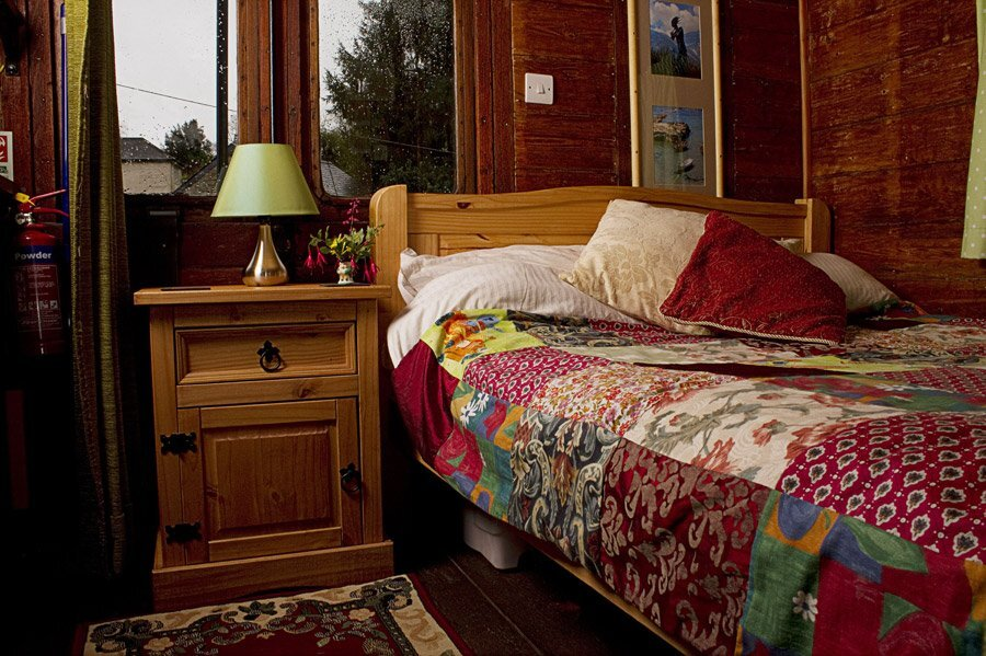 Old Luggage Carriage Conversion - Bedroom - Cornwall UK - Humble Homes