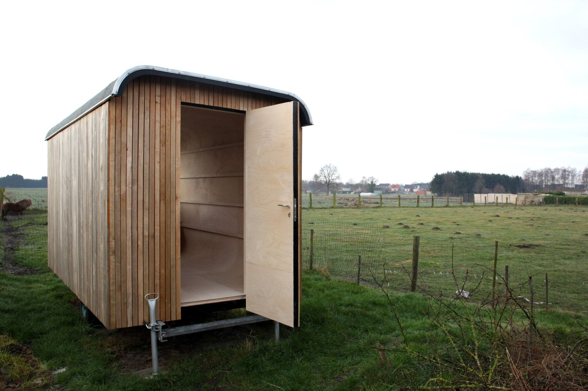 Construction Trailer Conversion - Karel Verstraet - Tiny Space - Exterior - Humble Homes