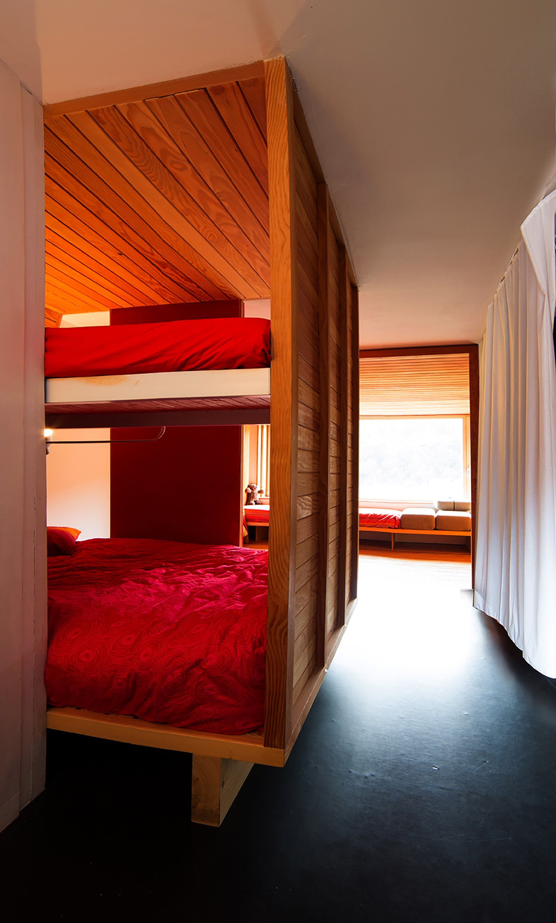 Studio in a Mountain Resort - Beriot Bernardini Arquitectos - Madrid Spain - Bunkbeds - Humble Homes