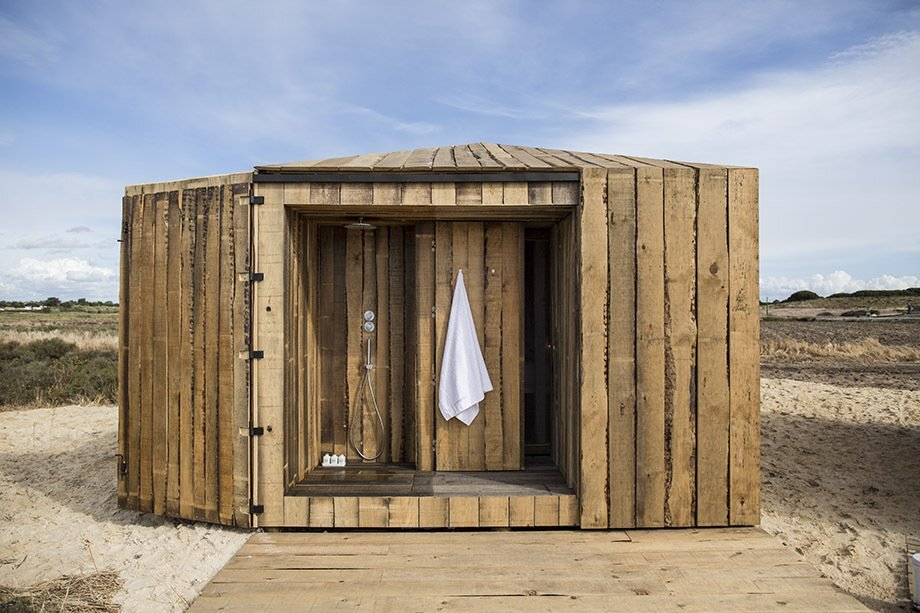 Cabanas no Rio - Aires Mateus - Portugal - Retreat - Outside Shower - Humble Homes
