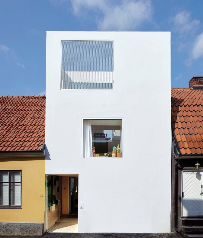 The Town House - Elding Oscarson - Johnny Lökaas - Conny Ahlgren - Landskrona, Sweden - Small House Exterior - Humble Homes