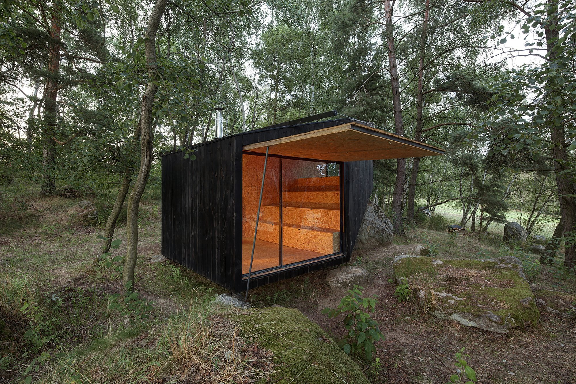 Forest Retreat - Uhlik architekti - Czech Republic - Exterior Open Wall Section - Humble Homes