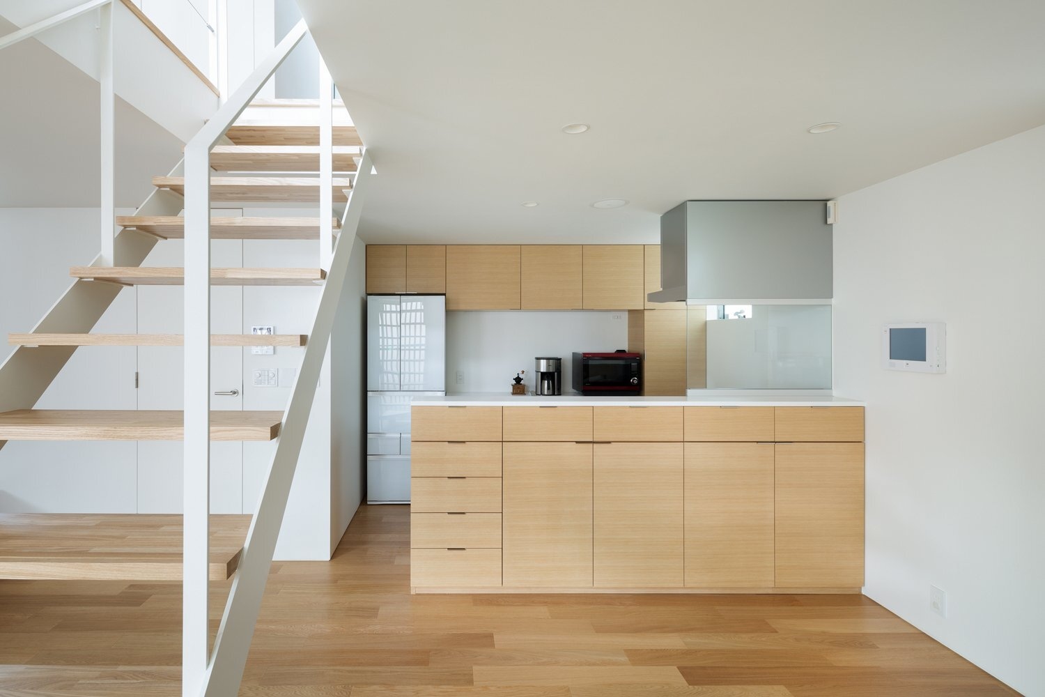 House k by yuji kimura design in tokyo japan for Furniture rental japan