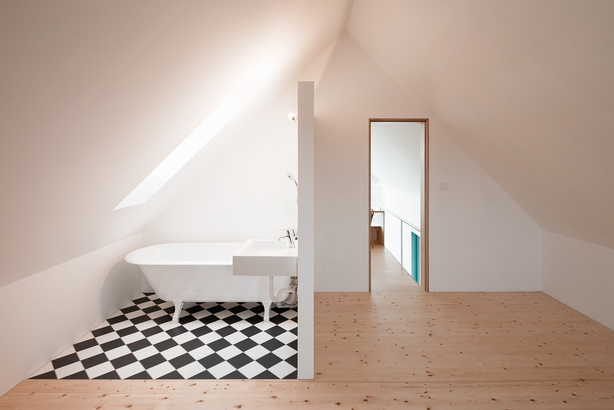 IST-Family House - JRKVC - Slovakia - Small House - Bathroom - Humble Homes