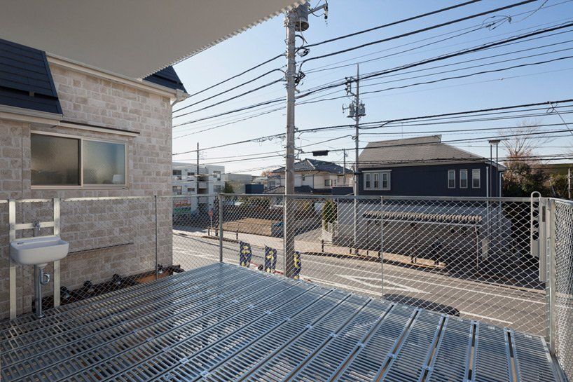 Pointed GEH House by I.R.A. - International Royal Architecture - Tokyo - Japan - Small House - Roof Terrace - Humble Homes