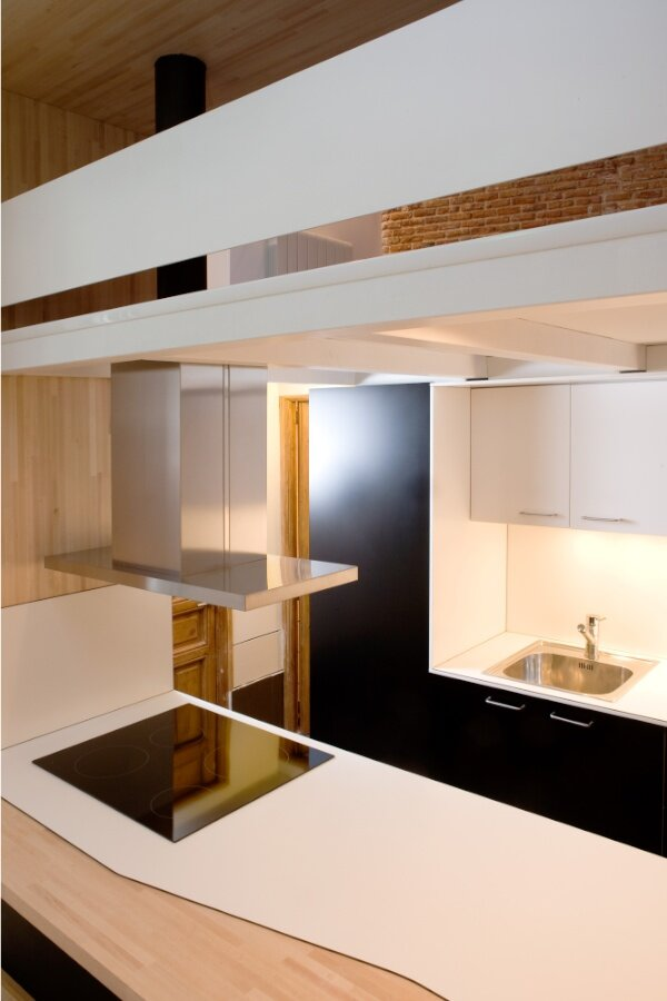 Beriot Bernardini Arquitectos - Small Apartment - Madrid - Kitchen - Humble Homes