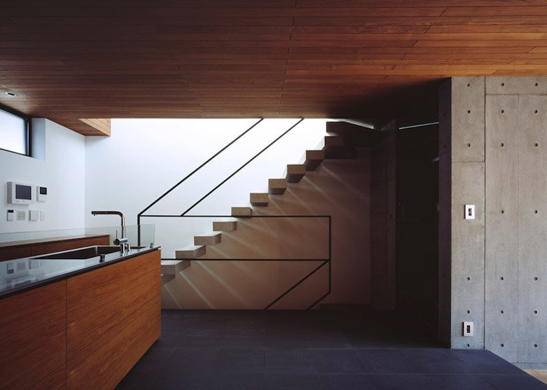 Frame - Small Japanese House - Apollo Architects & Associates - Tokyo - Cantilevered Staircase - Humble Homes