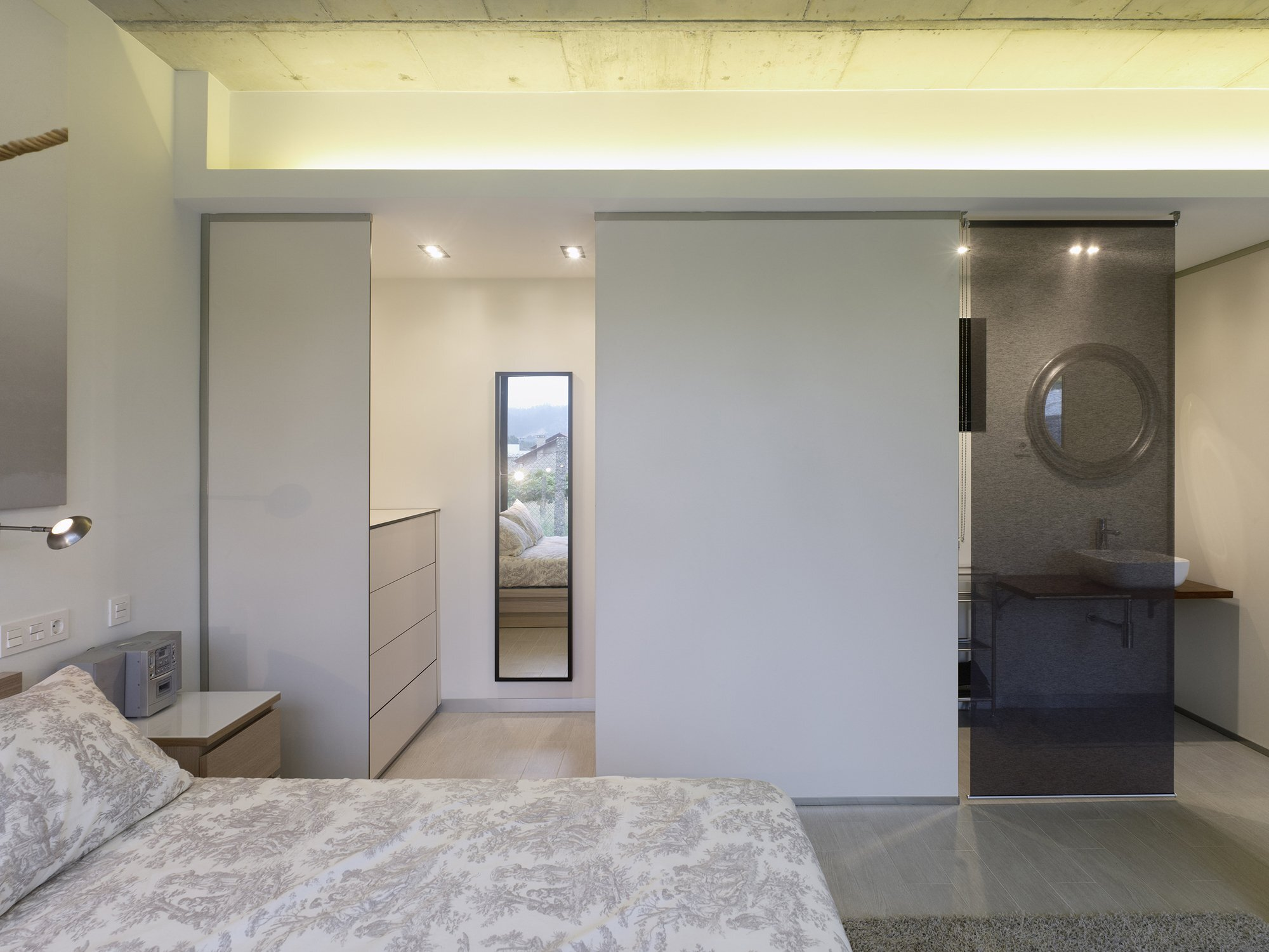 Renovación de Vivienda en Rubianes - Small House - Nan Arquitectos - Spain - Bedroom - Humble Homes