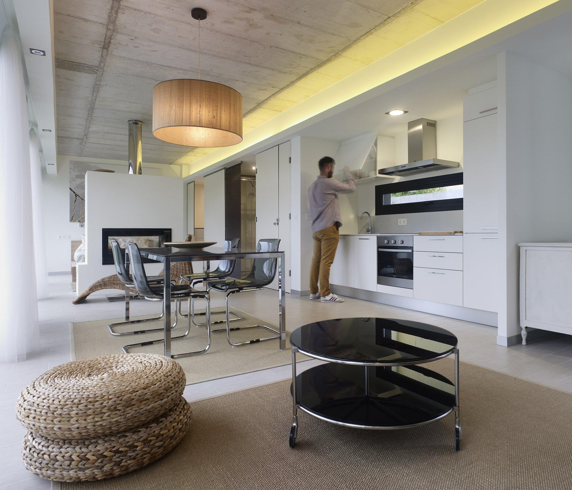 Precast concrete home plans for Comedores minimalistas