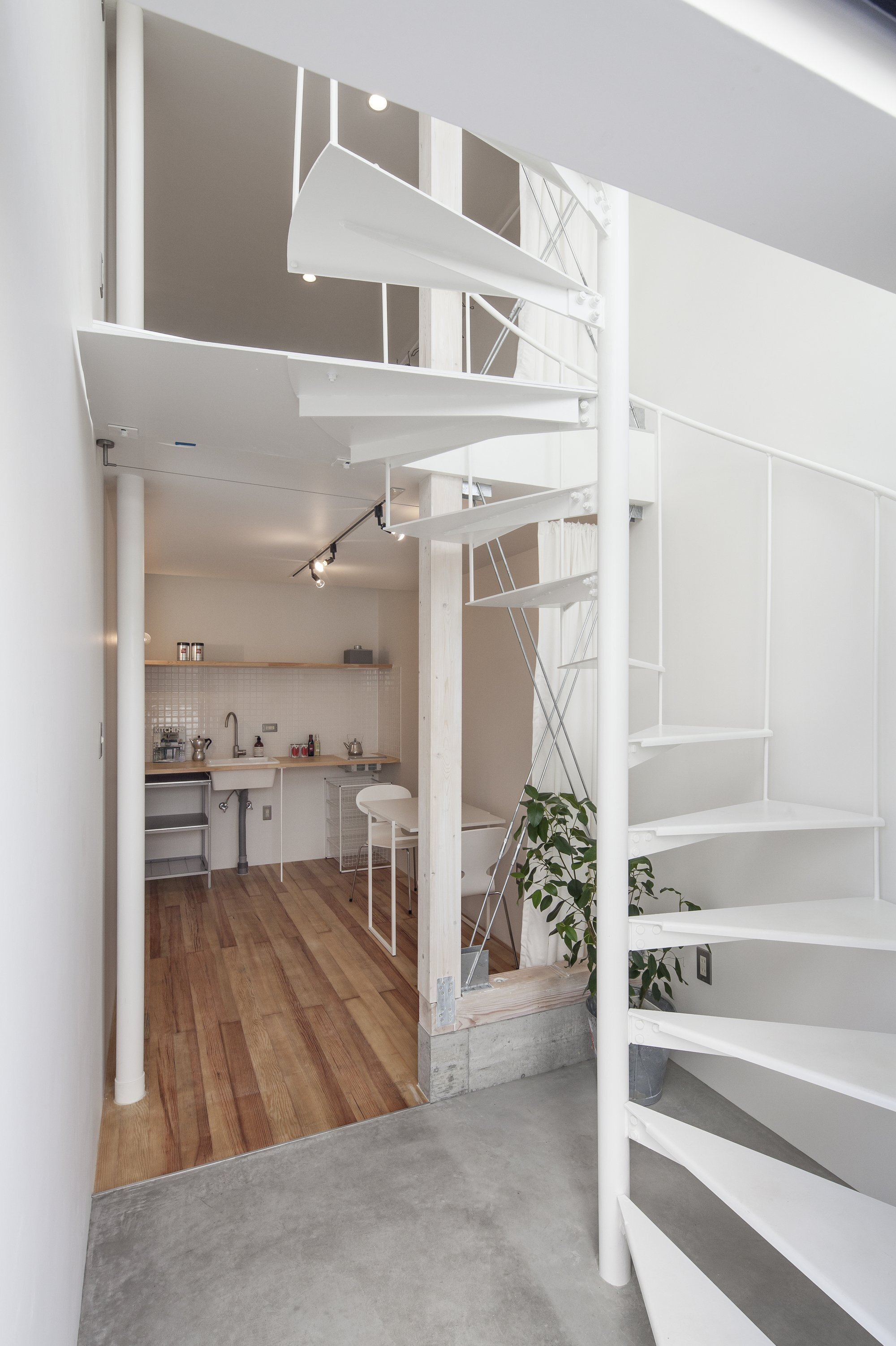 Spiral - Small House - Be-Fun Desgin - Japan - Kitchen - Humble Homes