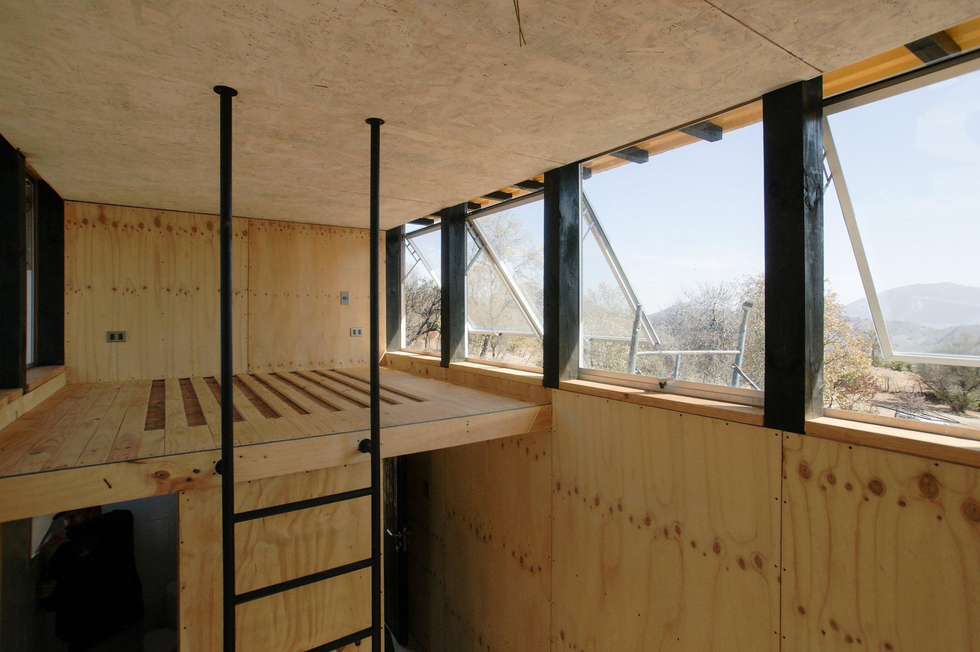 Charred Cabin - Nicolas del Rio - Chile - Loft - Humble Homes