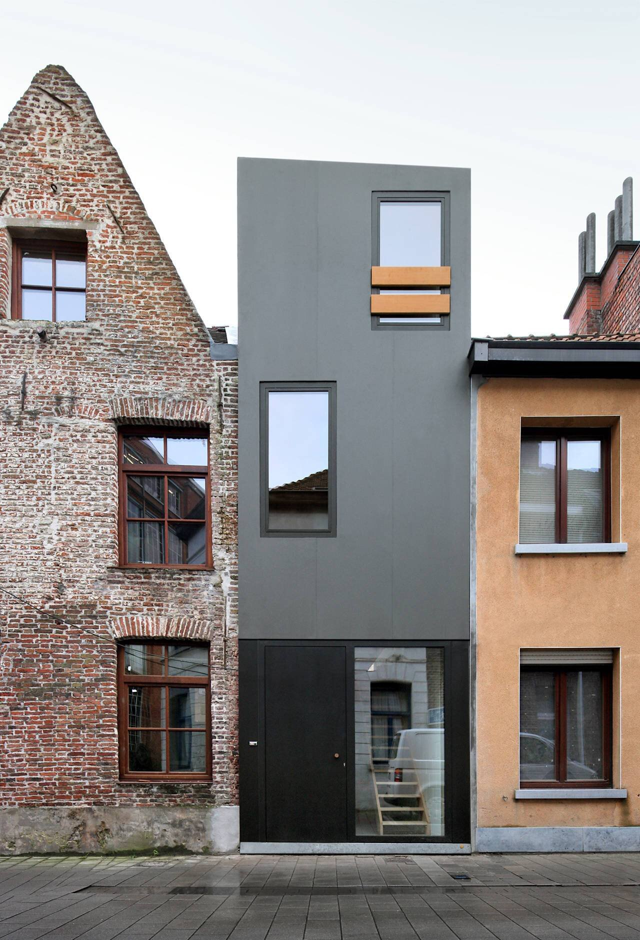 Small House - Gelukstraat Belgium - Dierendonck Blancke Architecten - Exterior - Humble Homes