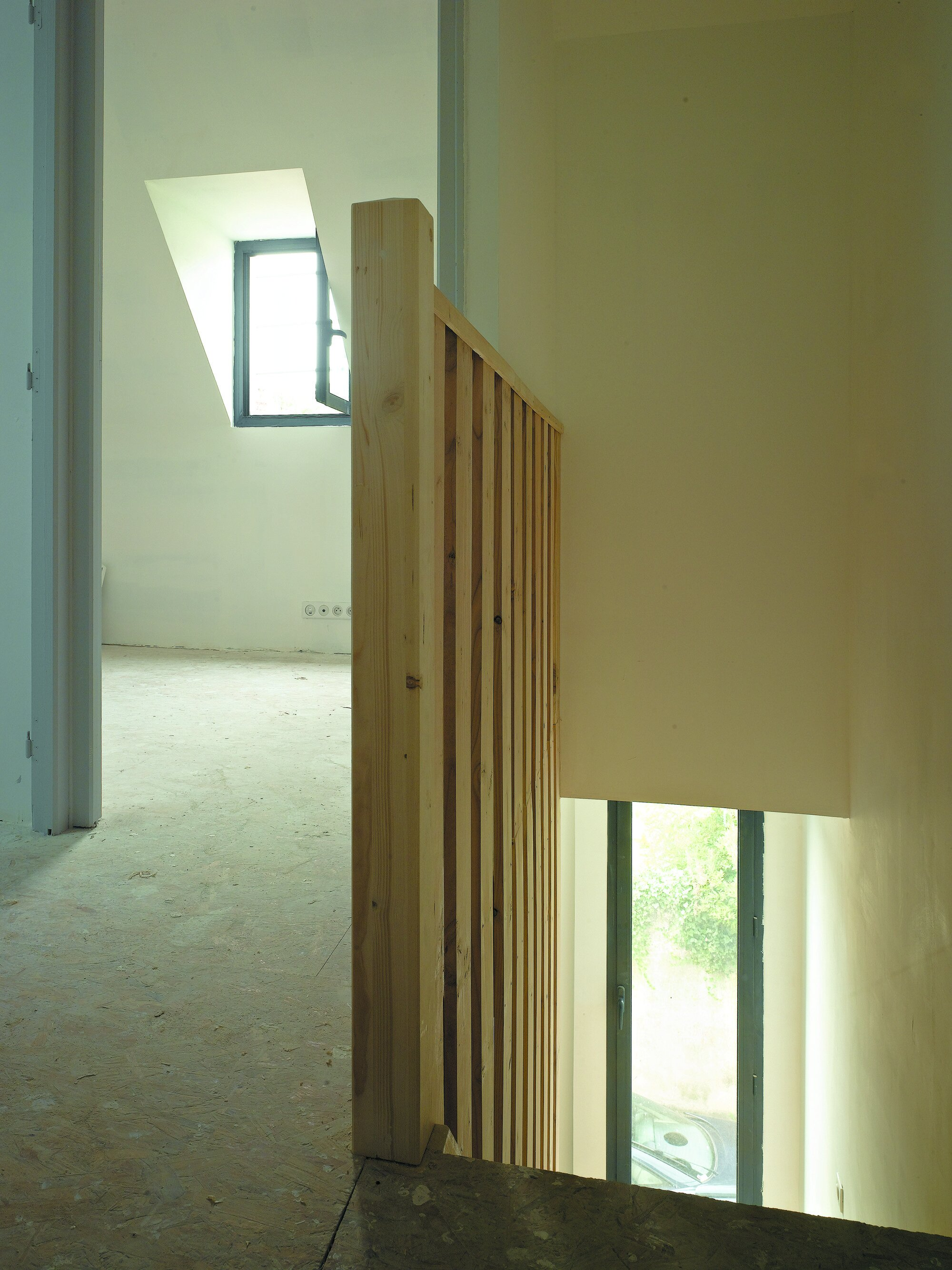 Rue Losserand - Small House - atelier 100architecture - France - Staircase - Humble Homes