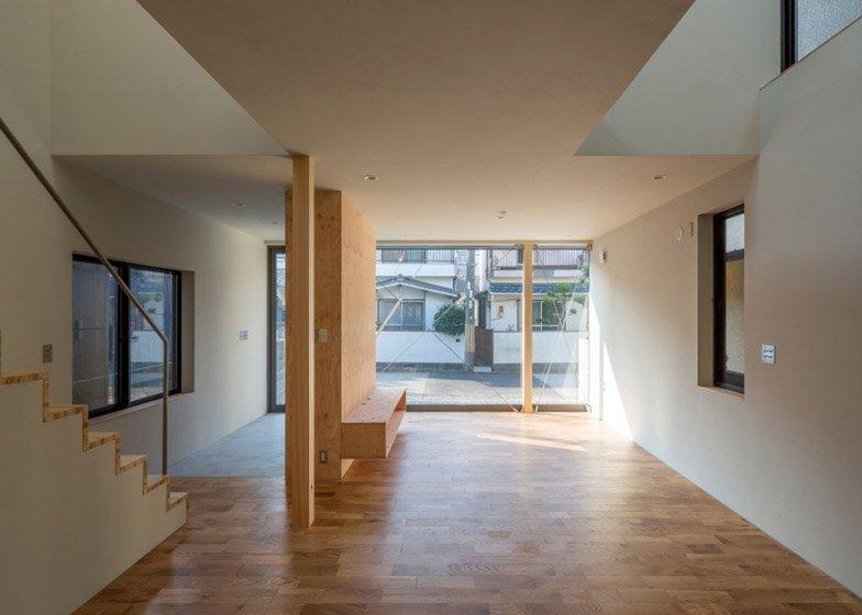 FKH - Japanese House - Shintaro Fukuhara - Kobe - Living Area - Humble Homes