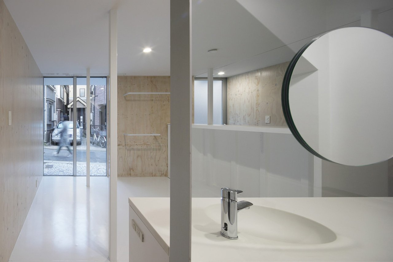 House SH - Japanese House - Coelacanth and Associates - Tokyo - Bathroom - Humble Homes