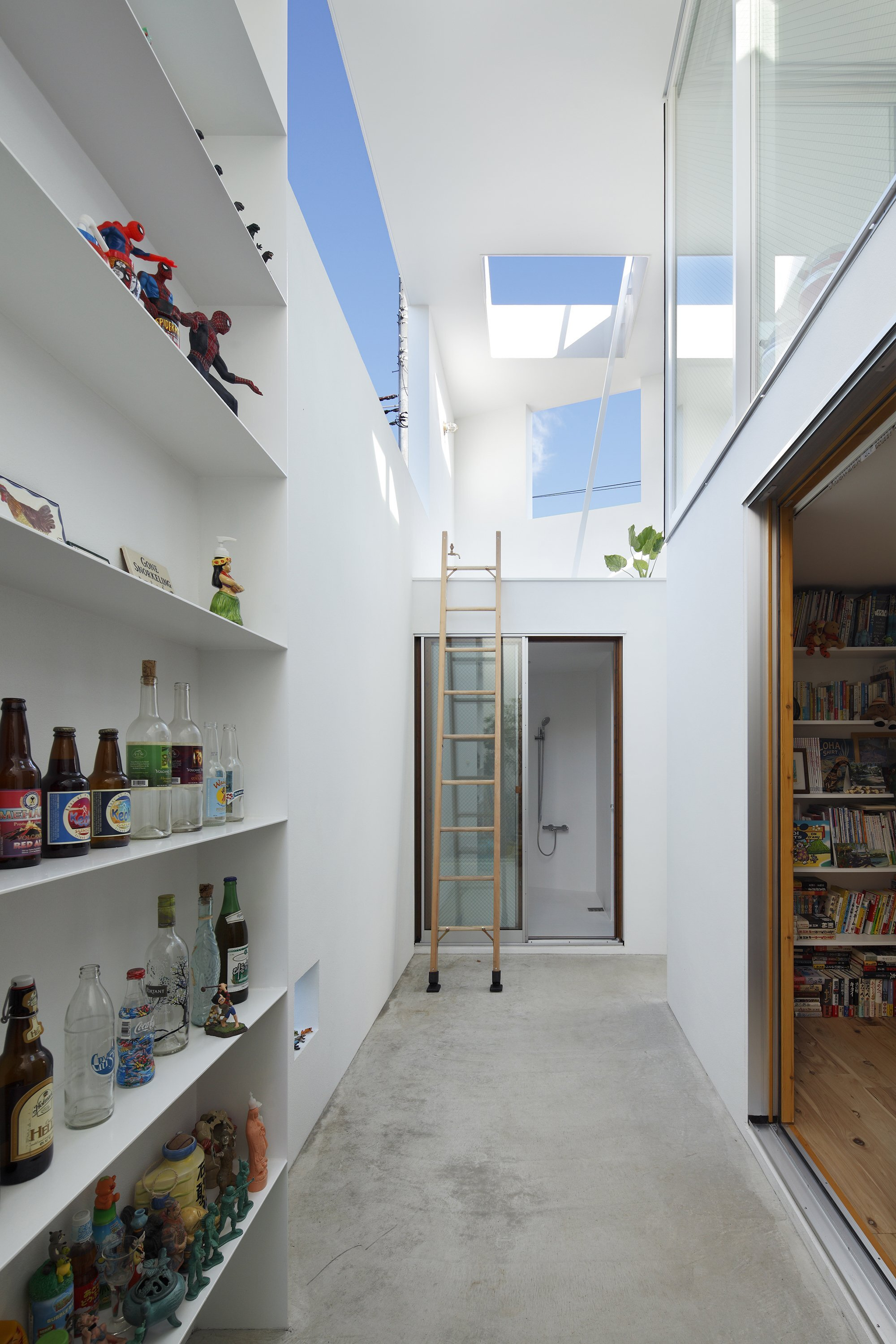 Inside Out - Takeshi Hosaka - Japanese House - Tokyo - Courtyard - Humble Homes