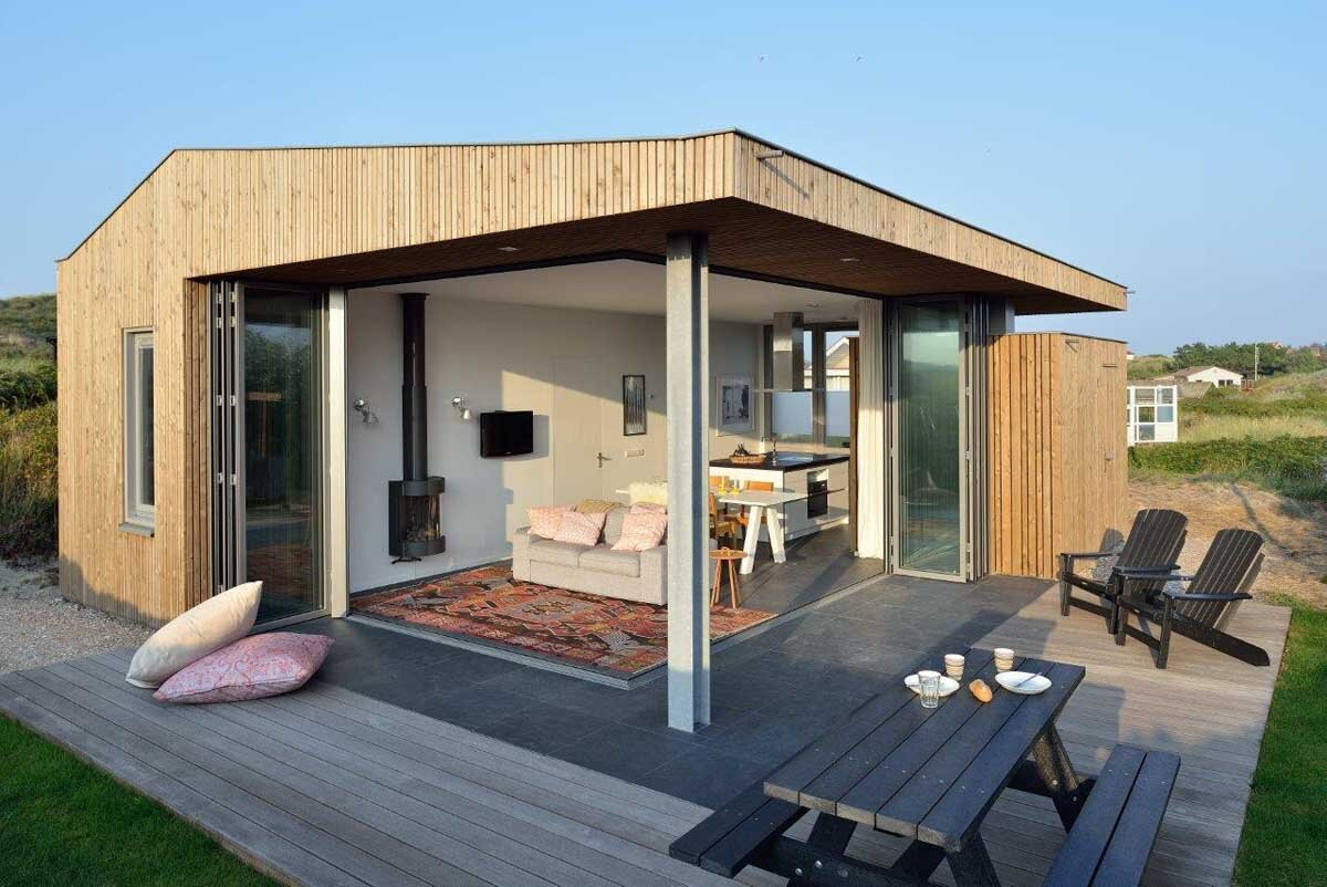 A small holiday home set on the dutch island of vlieland for Weekend cottage plans