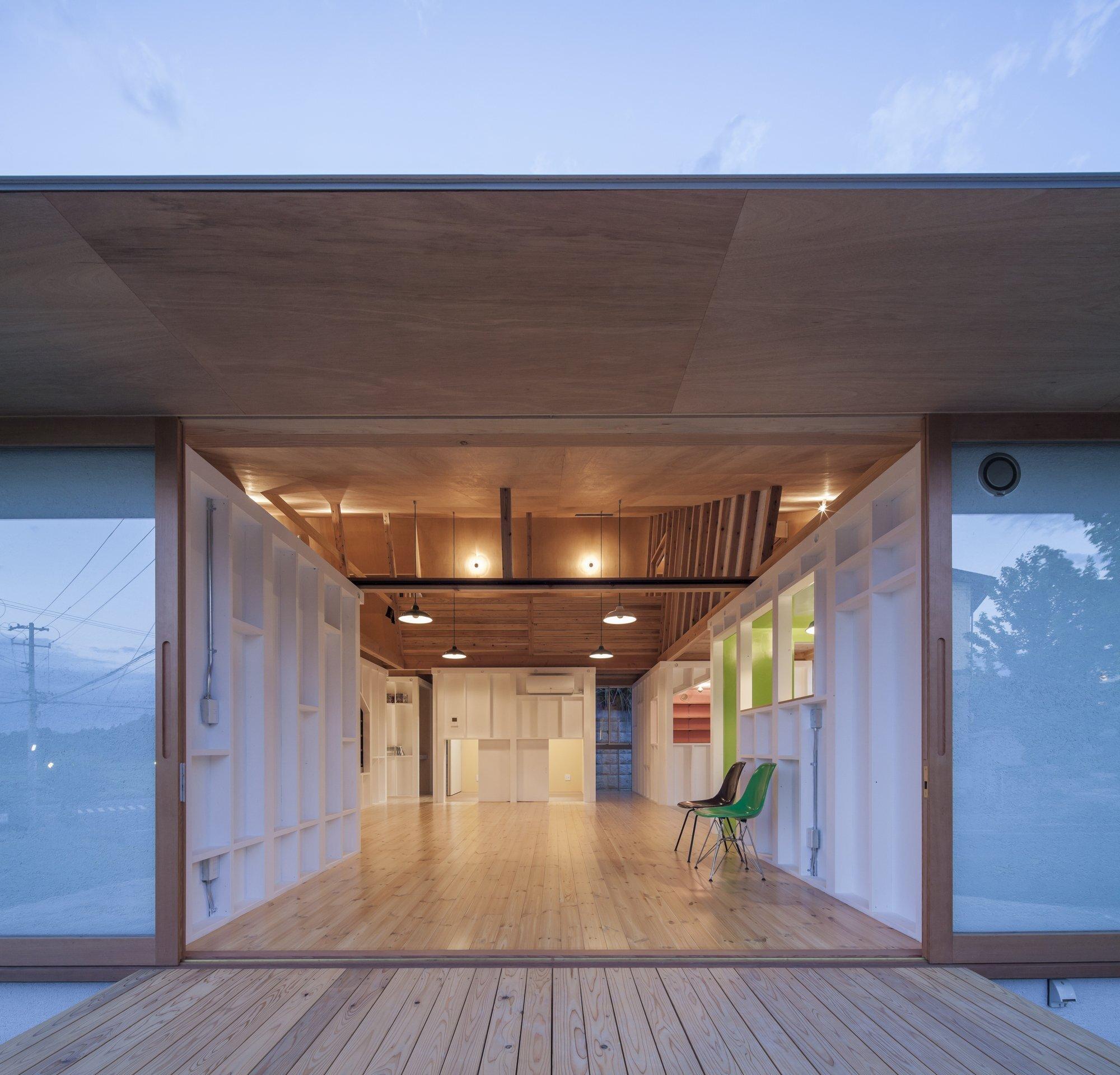 Small House - TASS - Fukushima - Japan - Entrance - Humble Homes