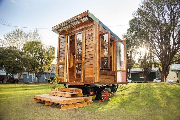 The Upcyclist - Tiny House - James Galletly - Australia - Exterior - Humble Homes