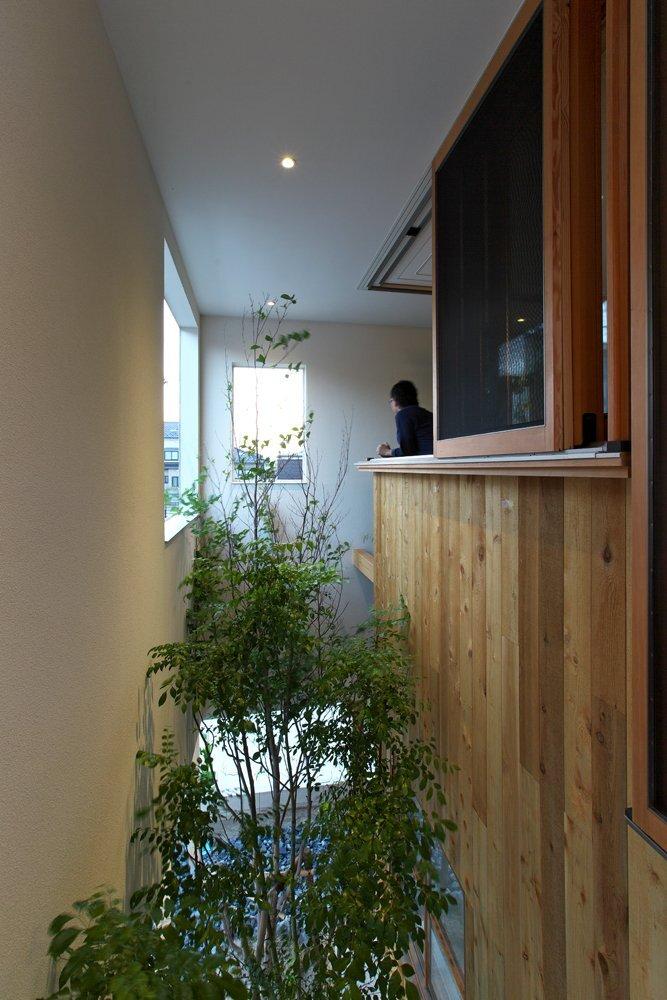 OH! House - Takeru Shoji Architects - Niigata - Corridor - Humble Homes