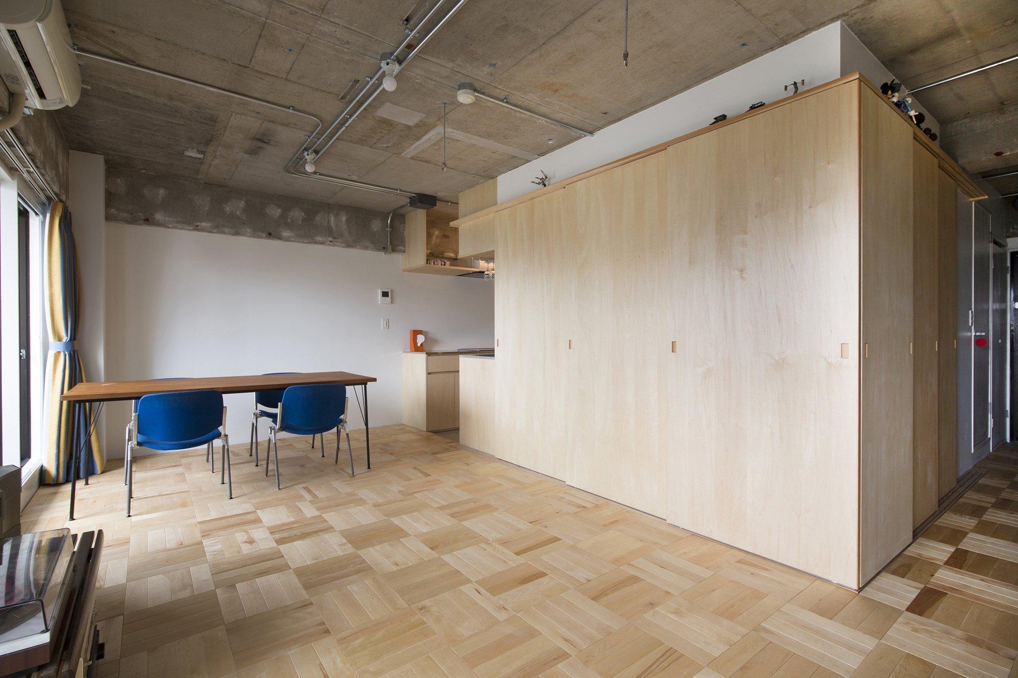 Tsukiji Room H - Yuichi Yoshida & associates - Tokyo - Bedroom Closed - Humble Homes