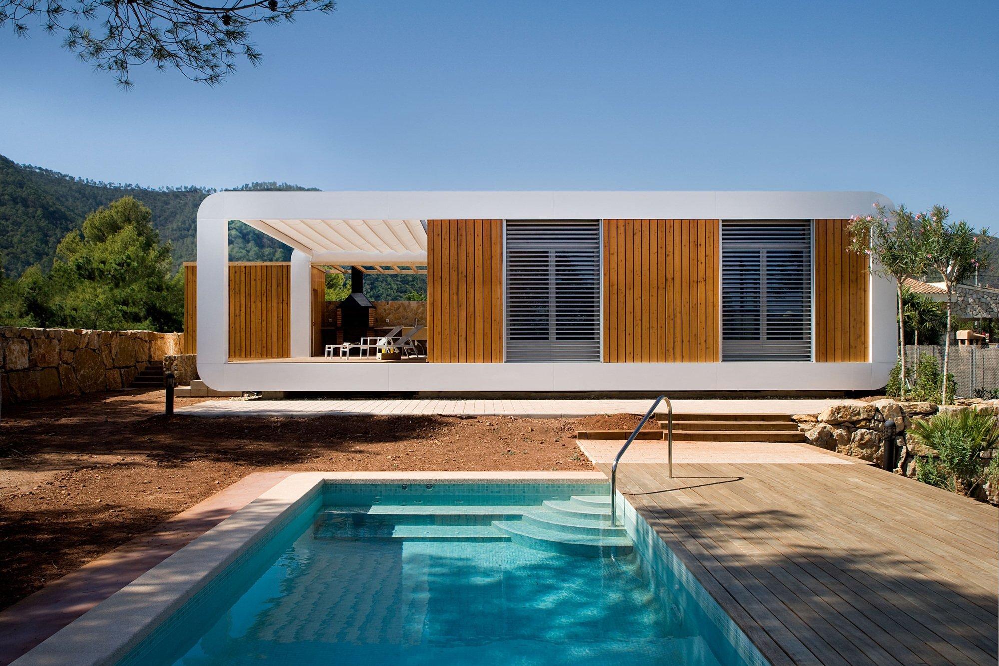 the prefab bioclimatic house