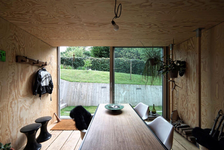 Atelier Pam&Jenny -  l'escaut - Belgium - Sunken Studio - Interior Desk - Humble Homes