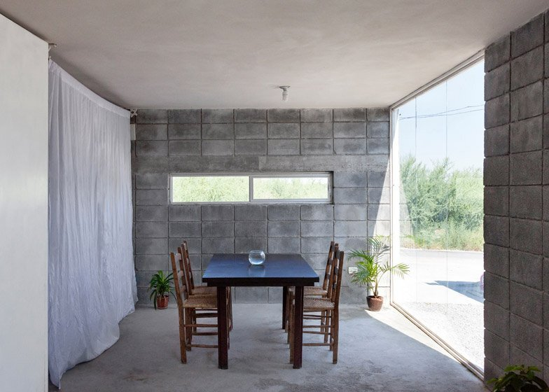 Casa caja an affordable small house built by the owners for Cinder block homes cost