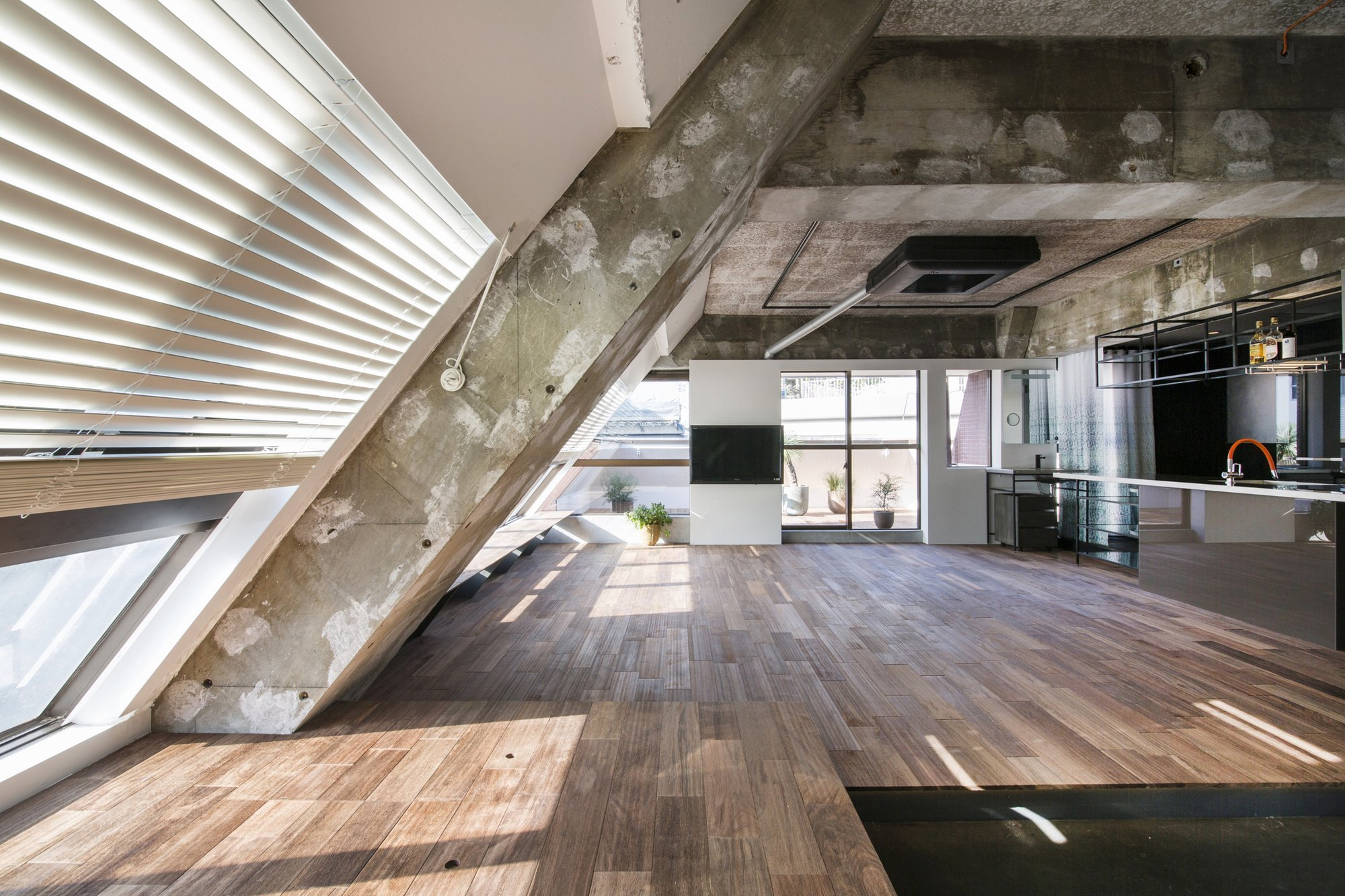 painting ideas slanted ceiling - An Apartment Block Attic Conversion in Tokyo by G Architects