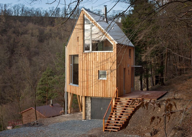 Wooden Cabin - Small Cabin - A-LT Architekti - Czech Republic - Exterior 2 - Humble Homes