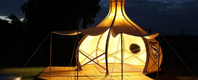 Froute Pod - Glamping - Giant Grass - Australia - Exterior Night - Humble Homes