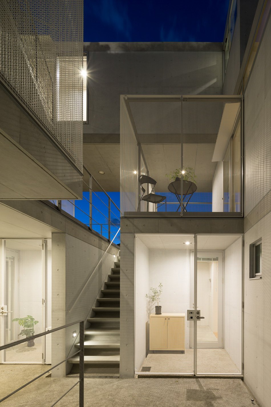 Apartment in Nishiazabu - SALHAUS - Small Apartments - Japan - Balconies - Humble Homes