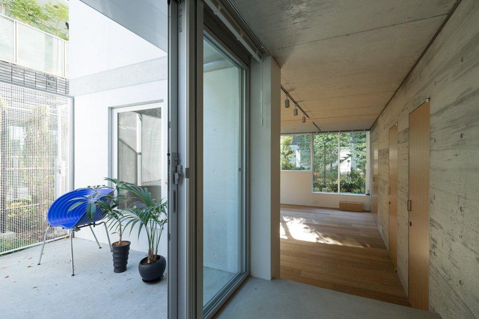 Apartment in Nishiazabu - SALHAUS - Small Apartments - Japan - Terrace - Humble Homes