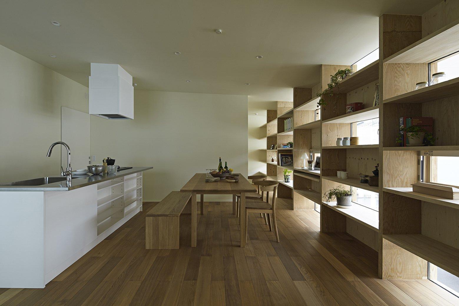 Checkered House - Takeshi Shikauchi Architect Office - Tokyo - Living Area - Humble Homes