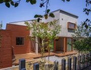 Small Japanese House - Kazuki Moroe - Mie Prefecture - Exterior - Humble Homes