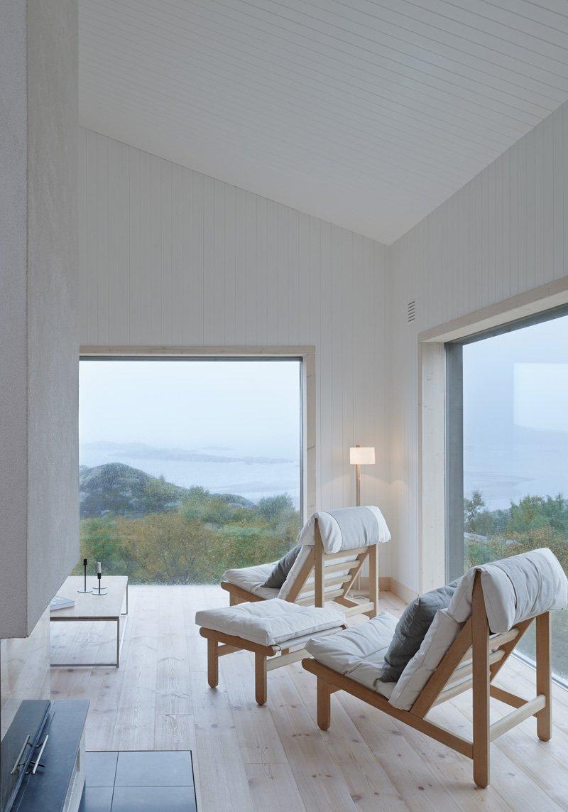 Small Cabin - Kolman Boye Architects - Vega Norway - Living Area - Humble Homes