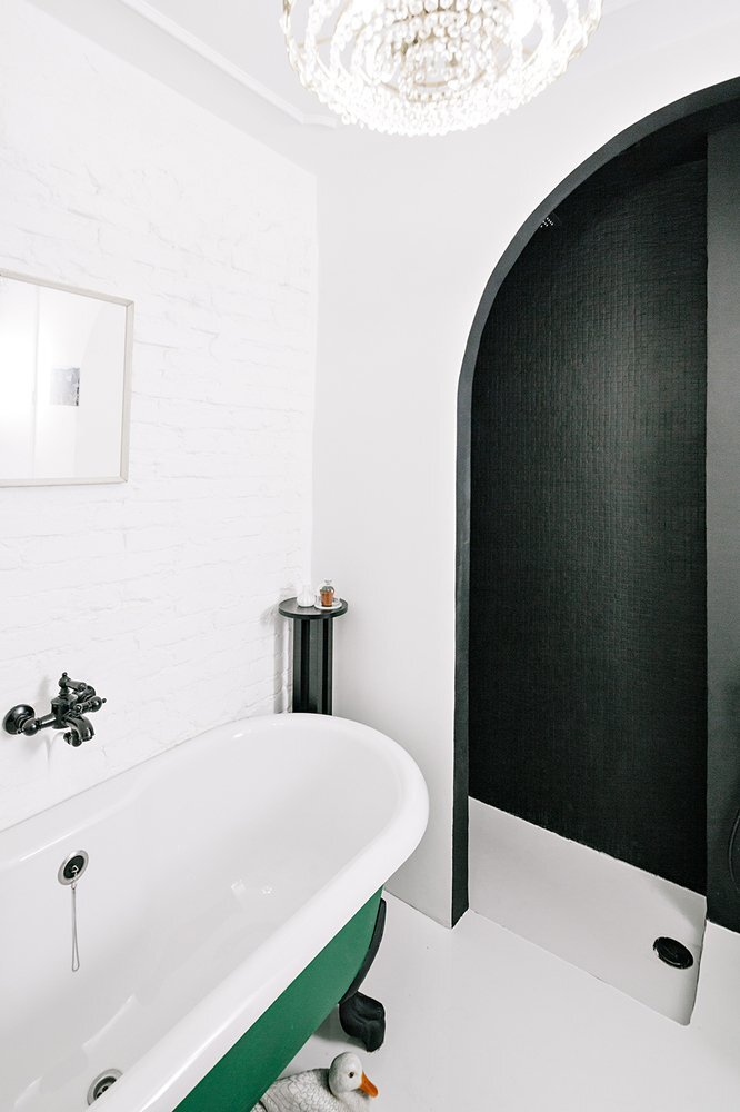Black and White Apartment - Small Apartment - Crosby Studios - Russia - Bathroom - Humble Homes