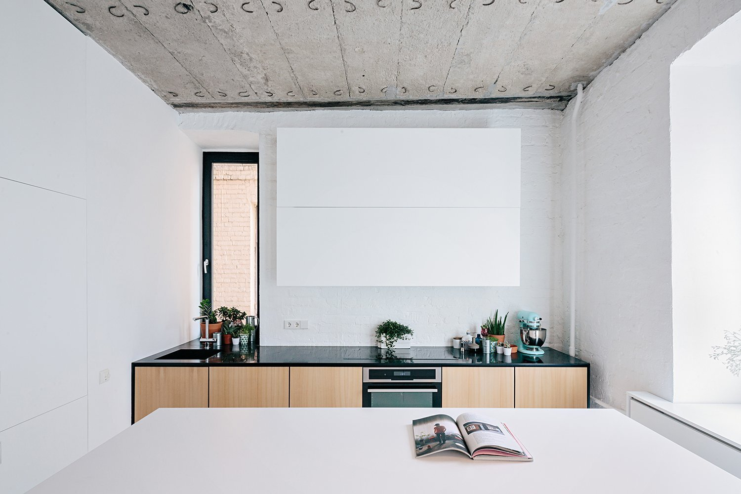 Black and White Apartment - Small Apartment - Crosby Studios - Russia - Kitchen - Humble Homes