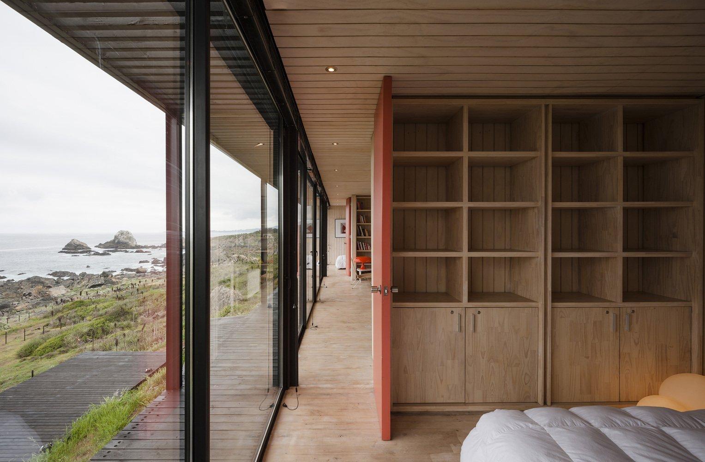 Remote House - Modular House - Felipe Assadi - Bedroom - Humble Homes