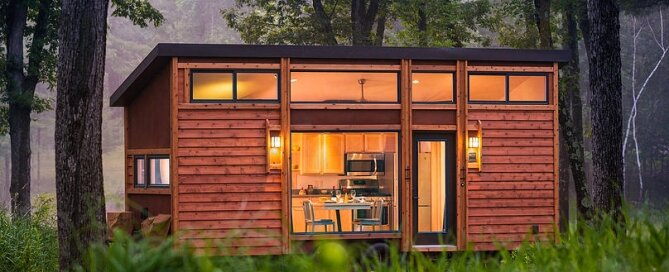 Escape Traveler - Tiny House on Wheels - Kelly Davis - Dan George Dobrowolski - Exterior - Humble Homes