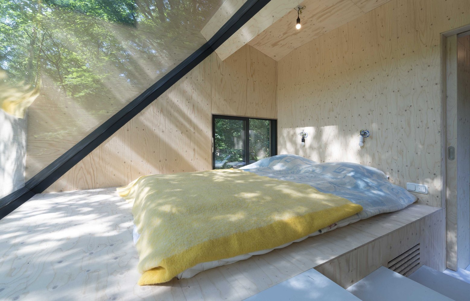 Transformation Forest House - Bloot Architecture - The Netherlands - Bedroom - Humble Homes