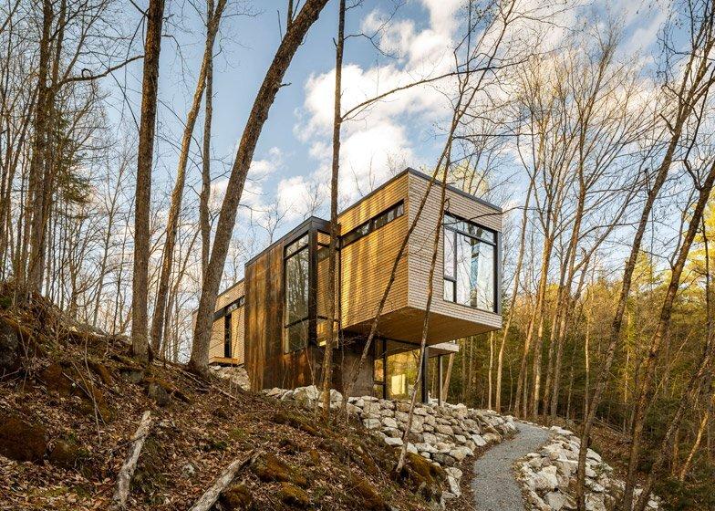 Val Des Monts - Retreat - Christopher Simmonds - Ottawa - Exterior - Humble Homes
