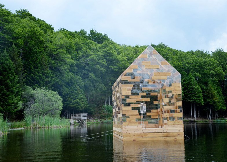 Walden Raft - Elise Morin and Florent Albinet - France - On Lake 2 - Humble Homes