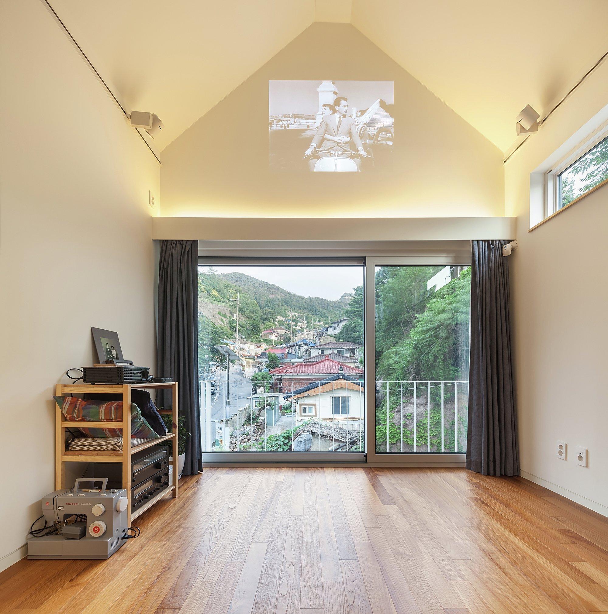 50m2 House - OBBA - Seoul - Living Area 2 - Humble Homes