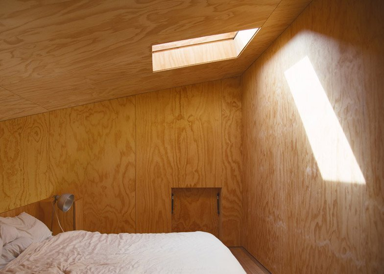 Eyrie - Small Vacation Cabins - Cheshire Architects - New Zealand - Bedroom - Humble Homes