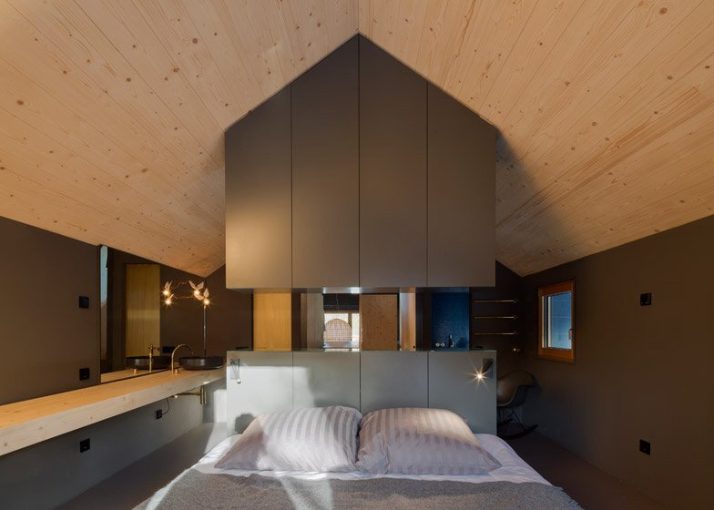 Holzhaus am Auerbach - Small House - Christine Arnhard and Markus Eck - Germany - Bedroom - Humble Homes