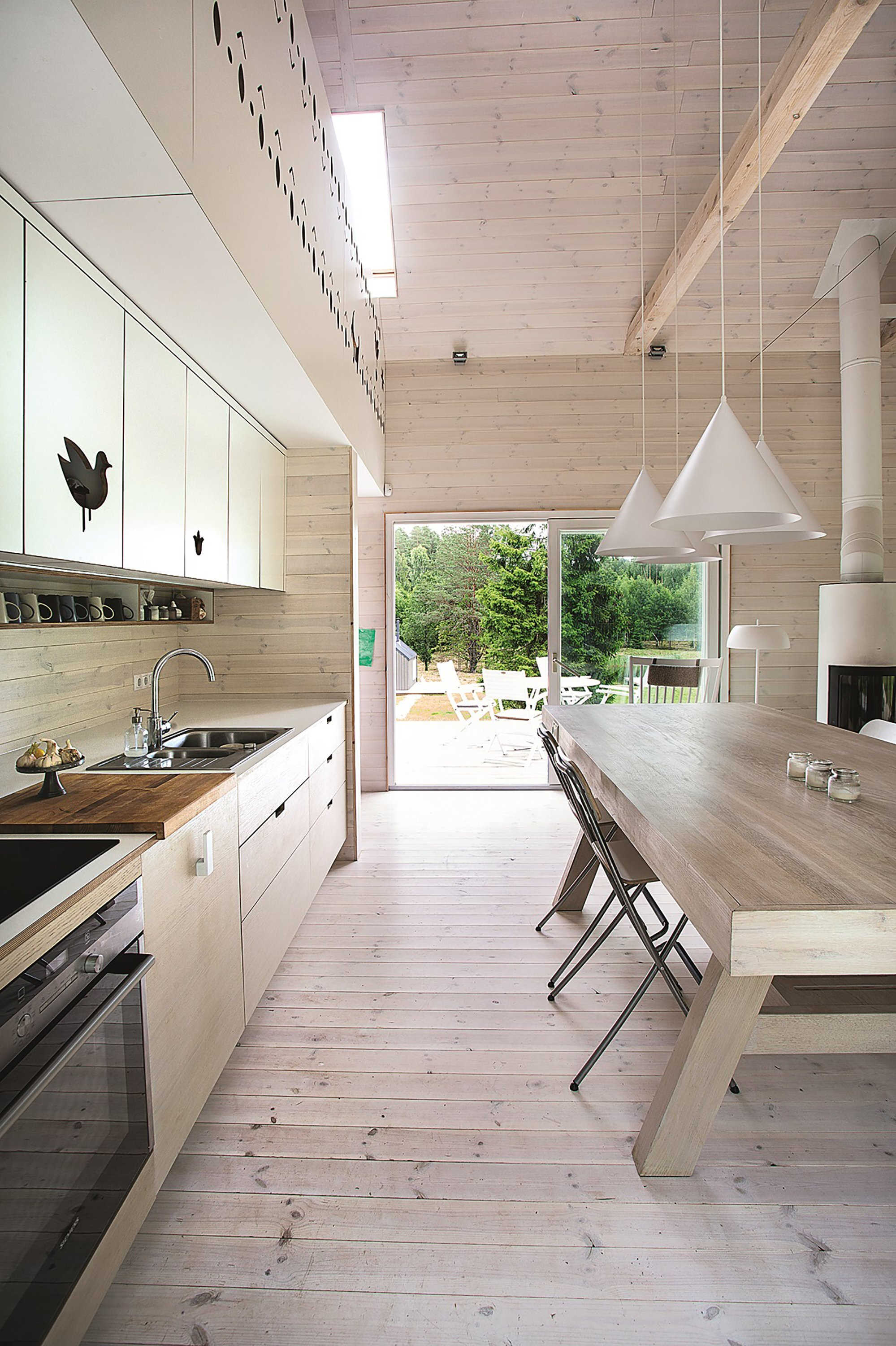 Lithuanian Hunting House - Devyni architektai - Lithuania - Kitchen - Humble Homes