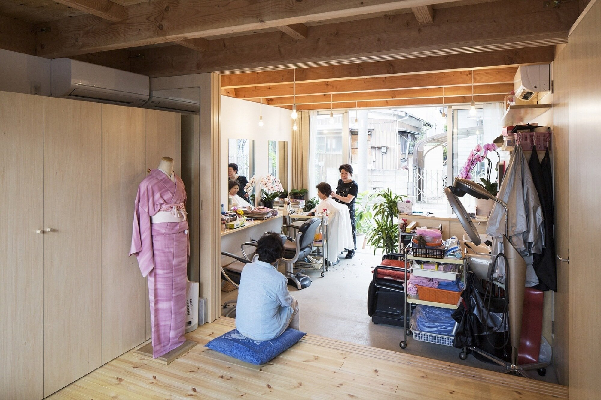 Wooden Box House - Suzuki Architects - Kawaguchi Japan - Office - Humble Homes